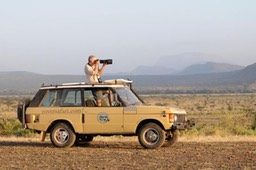 Safari in a Classic Range Rover - Kenya, December 2008